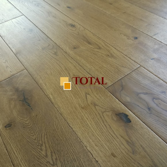 Solid Oak Golden Handscraped Oiled, Distressed DIY Box Size Wood Flooring